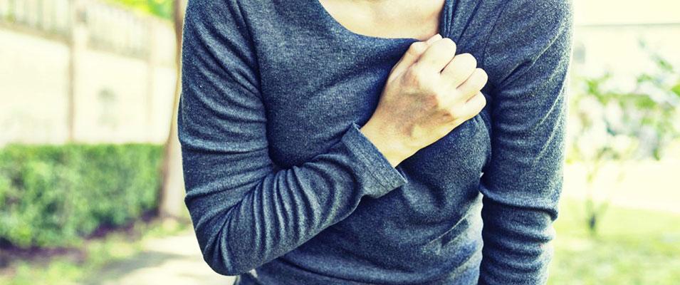 Στεφανιαία νόσος και έμφραγμα: τι πρέπει να γνωρίζουν οι γυναίκες